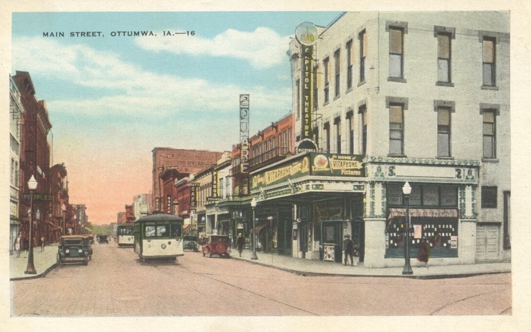 The Captiol Theatre in Ottumwa, IA in 1927